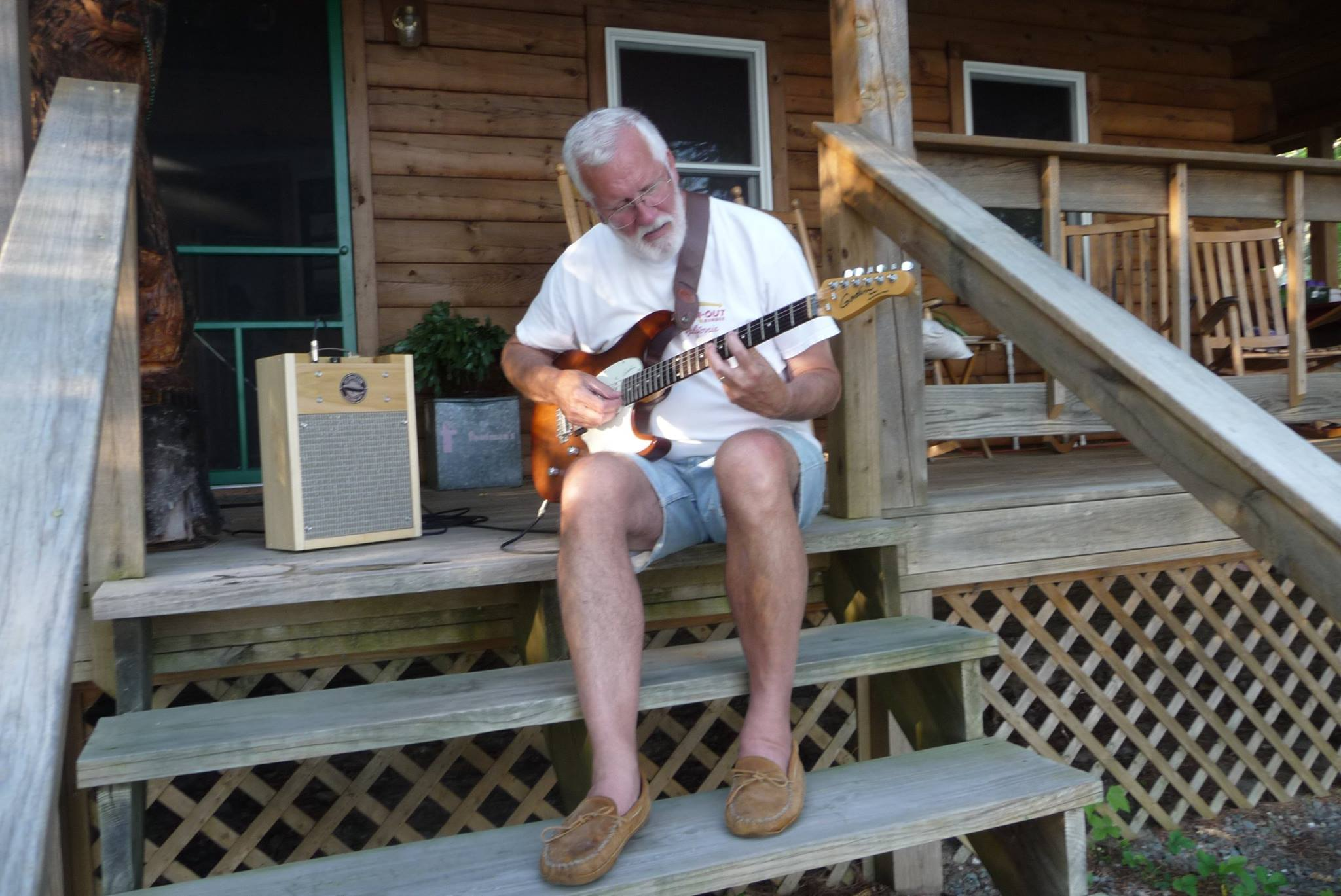 Click image for larger version.  Name:Pickin on the Porch.jpg Views:198 Size:252.7 KB ID:38133