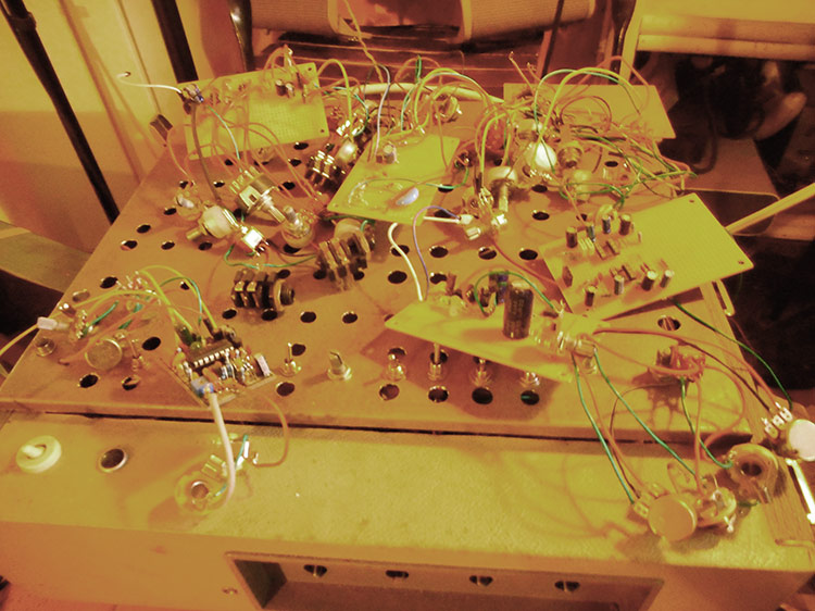 Click image for larger version.  Name:amp-circuits.jpg Views:52 Size:120.1 KB ID:50764