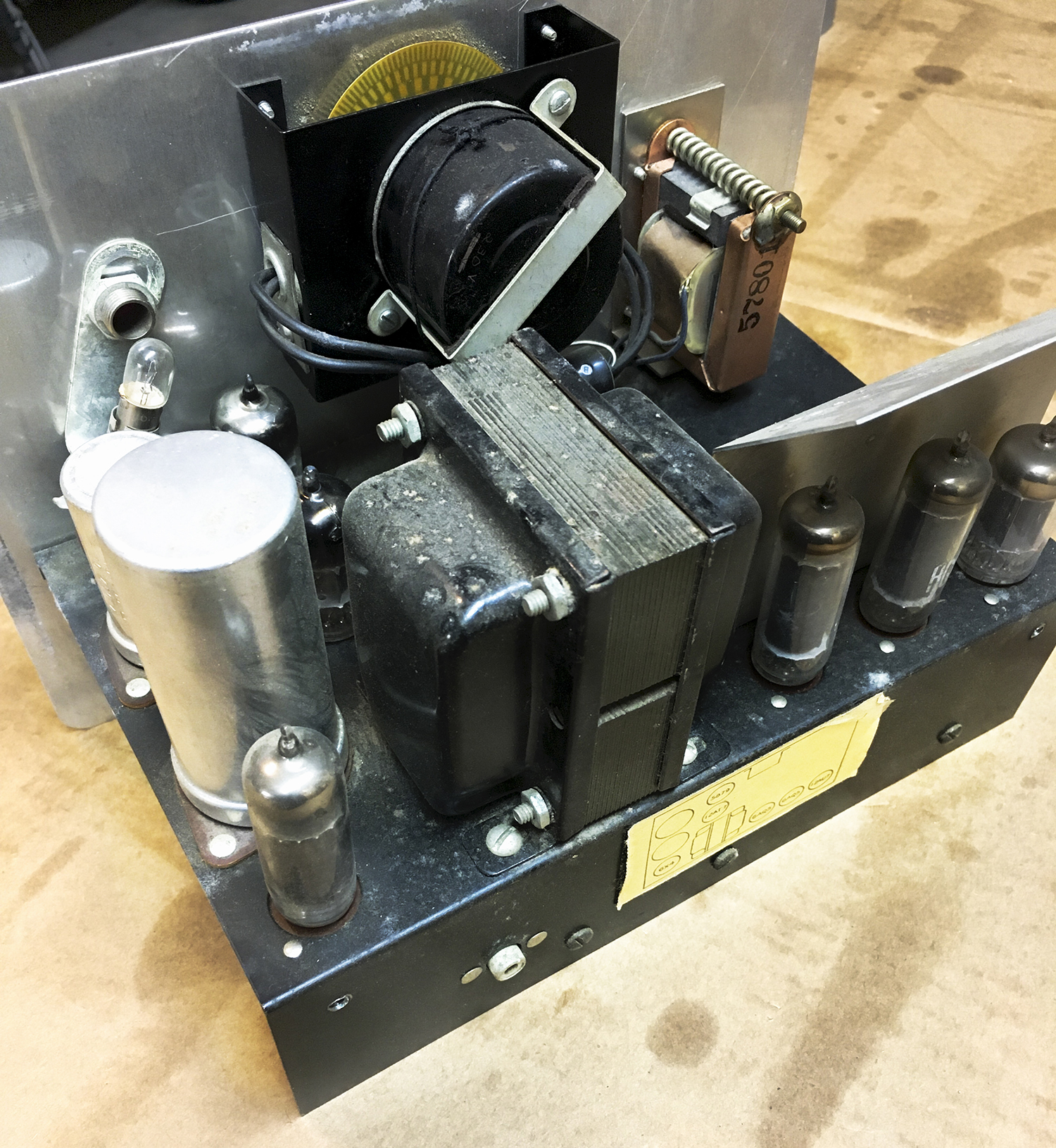 Click image for larger version.  Name:Conn Vacuum Tube StroboTuner Chassis-1.jpg Views:35 Size:1.62 MB ID:56583